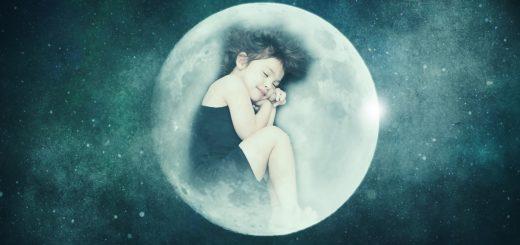 Enfant qui dort paisiblement